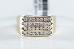 10ct gold and diamond ring. Size U
