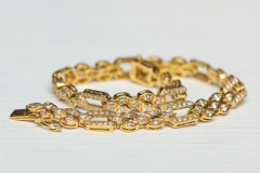 18ct gold and diamond Dia Bracelet